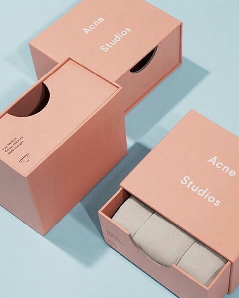 minimalist-and-pastel-packaging